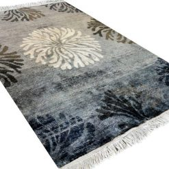Hand Knotted Premium Bamboo Silk Gray Contemporary Carpet In 4*6 feet by Avioni