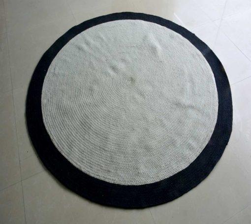 Braided Area Rugs  –  Ecofriendly Cotton – White with Black Border – Handmade – 5 feet Diameter – Avioni Premium Eco Collection