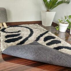Shaggy Carpet in Grey And Black by Avioni