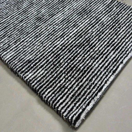 Solid Handloom Black And White Shaded Rug/ Carpets 3 x 5 Feet By Avioni