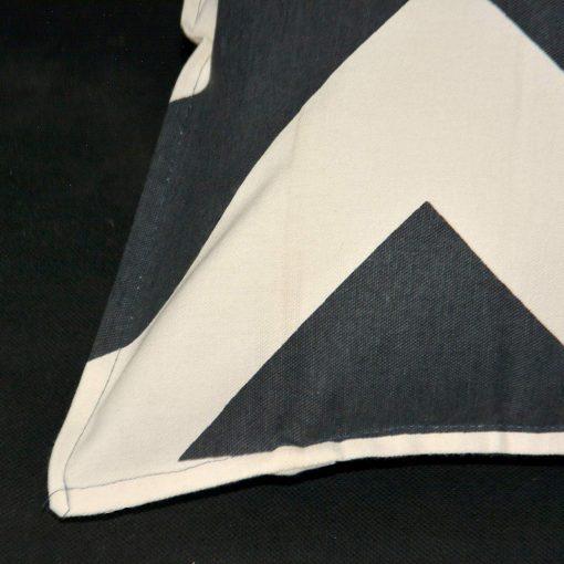 AVIONI 100% Cotton Pillow Covers – Set of 2 (Medium Size) Black Stripes