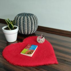 Shaggy Carpet – Heart Shaped Rug –  Premium  Fur – 62 cm  – Avioni Carpets- Red Colour