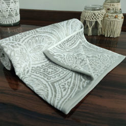 Avioni 100% Cotton Premium & Luxury Soft Linen Bath Towels in White Silver Finish