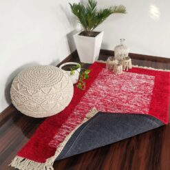 Avioni Carpets for Living Room/Pooja Room – Neo Modern Collection Red And White Carpet/Rug – 92x 152 cm (3×5 Feet)