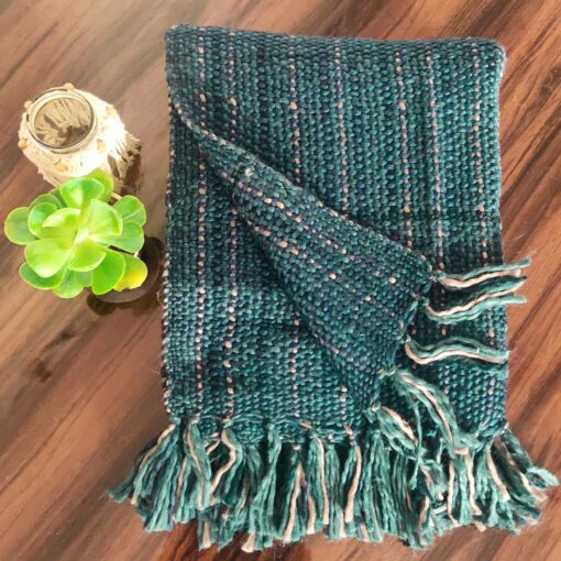 Avioni Sofa Throws/Blankets Super Soft Acrylic Handloom Weaved Green Blue – (Aura Collection)-127×152 cm (50 x 60 Inch)